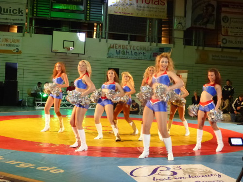 N'Ice RooStars, Cheerleader  Foto: PA